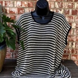 Chicos Size 2 Sleeveless Sheer Knit Tunic Top
